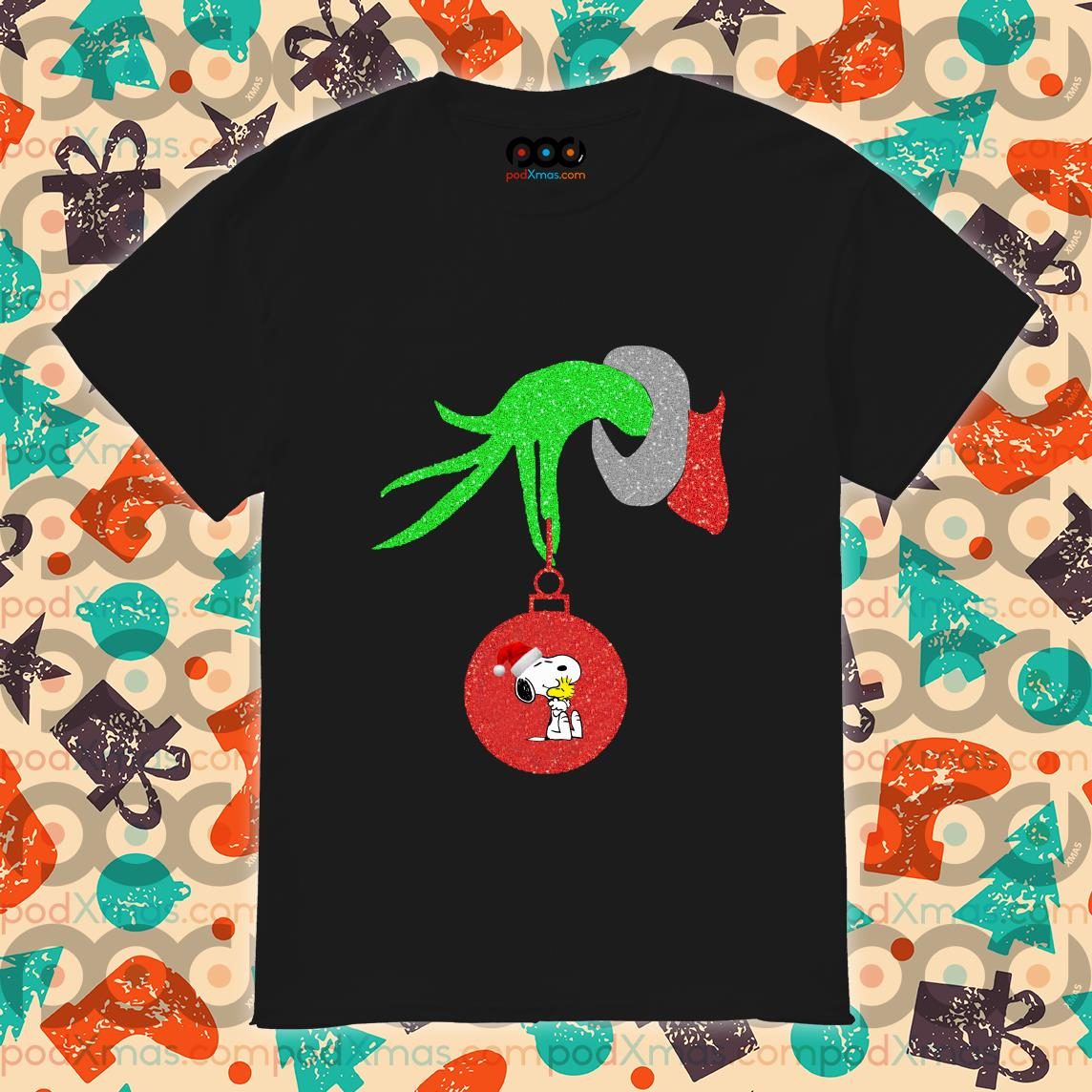 Grinch Hand holding Snoopy shirt